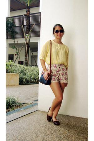dark brown oxford Rabbit flats - shorts - light yellow button up blouse