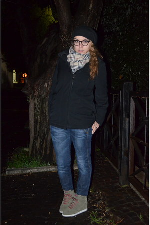 fay coat - nike shoes - Burberry scarf