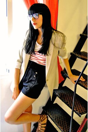 beige Zara blazer - white pull&bear t-shirt - black Zara shorts - brown BLANCO s