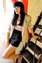beige Zara blazer - white pull&bear t-shirt - black Zara shorts - brown BLANCO s