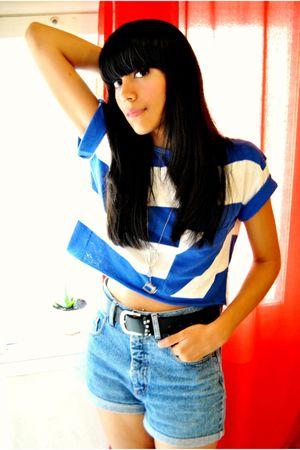 blue vintage shirt - black Primark belt - blue vintage shorts - silver pull&bear
