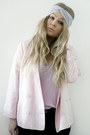 Periwinkle-head-band-bikbok-hat-light-pink-monki-blazer-pink-weekday-top