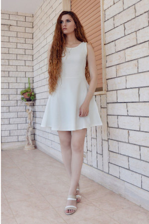 white H&M dress - neutral Laura Biagiotti heels