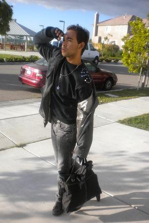 black DIY sweater - gray Ezekiel coat - gray Forever 21 jeans - black Forever 21