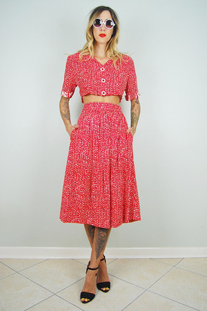 red polka dot noirohio vintage skirt - red polka dot noirohio vintage top