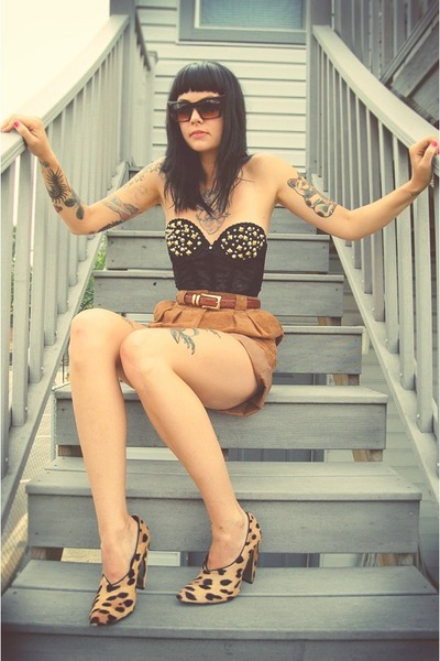 black hand studded vintage bra - beige leopard Alexander Wang shoes