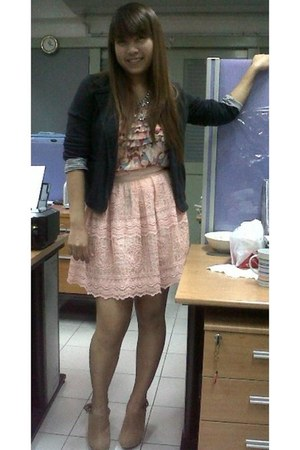 Topshop blazer - Kloset top - sretsis skirt - Forever21 clogs - junique necklace