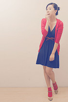 neutral Charles & Keith shoes - navy Zara dress - ruby red unbranded cardigan