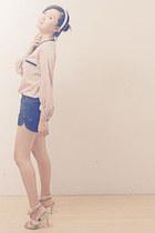 black unbranded shorts - beige LMP blouse - beige Charles & Keith heels