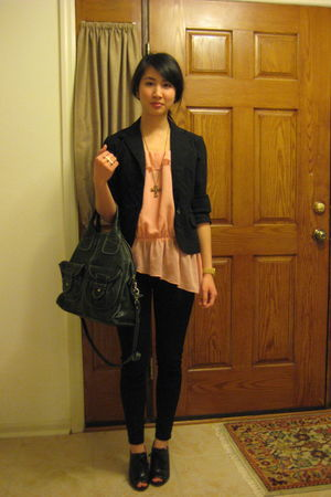 pink H&M top - black blazer - black BDG jeans - black Max Studio shoes - green L