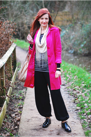 black DIY pants - hot pink Very coat - off white warehouse scarf