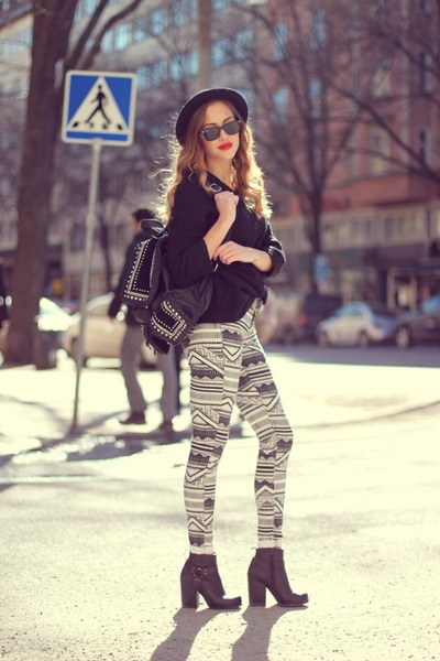 printed denim Comme ca pants