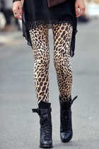 leopard print unknown tights
