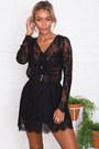 Black-lace-shop-notice-magazine-dress
