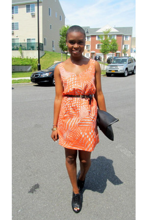 black Steve Madden shoes - orange Forever 21 dress