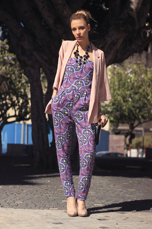 light pink H&M blazer - black H&M necklace - Zara pants