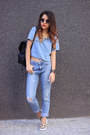 Light-orange-h-m-shoes-sky-blue-pull-bear-jeans-black-h-m-bag