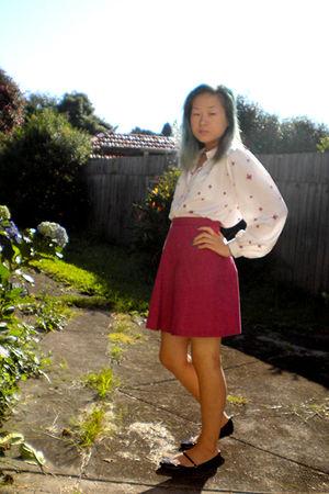 white Hanae Mori blouse - pink skirt - purple Mossimo shoes