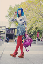 burnt orange Pamela Mann tights - magenta Marc by Marc Jacobs bag - forest green