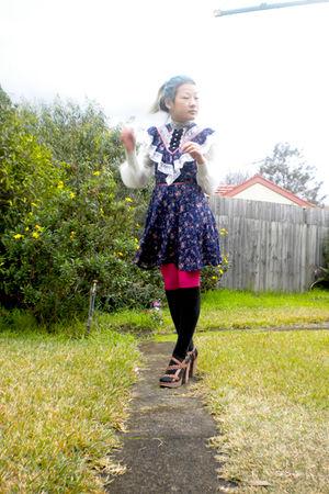 blue vintage Gunne Sax dress - brown Nine West shoes - pink leggings