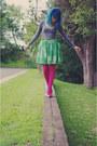 Magenta-barkins-tights-gray-cotton-on-top-green-thrifted-milk-honey-skirt-