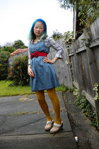 blue Arizona shirt - blue Princess Highway dress - red belt - gold tights - beig
