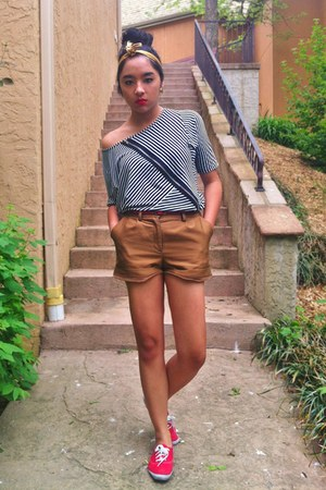 black TJ Maxx shirt - gold head vintage scarf - bronze H&amp;M shorts