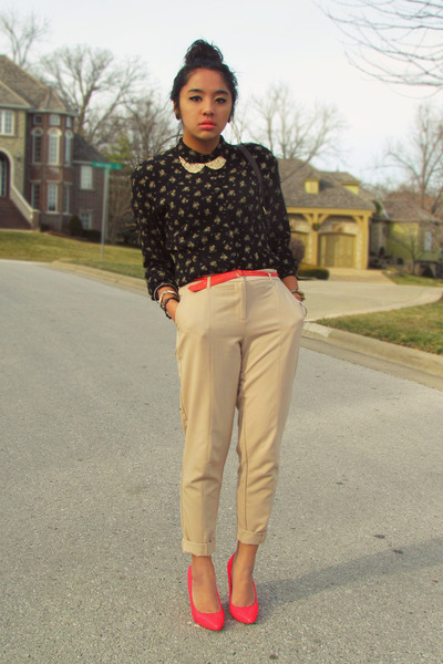 dark gray vintage top - beige trousers Forever 21 pants - salmon Forever 21 belt