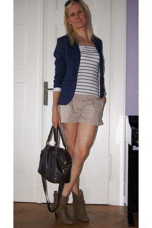 navy H&amp;M blazer - light brown 3Suisses boots - dark brown Primark bag