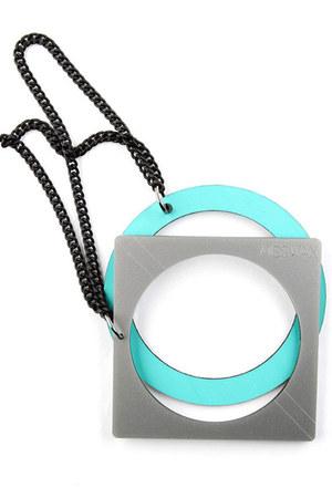 aquamarine Miss Wax bracelet