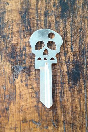 skull key skull accessories
