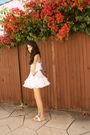 White-indian-sandal-shoes-white-skirt-white-top-beige-bag