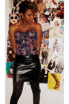 black Charlotte Ronson skirt - black Charlotte Ronson tights - pink Charottle Ru