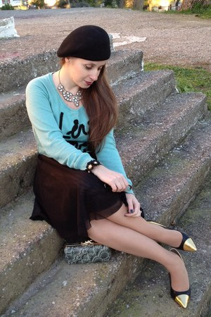 black Achilleas Accessories hat - light blue Bershka sweater
