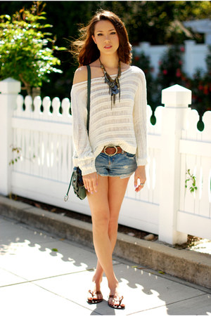 cream PacSun top - green Style &amp; Co bag - blue American Eagle shorts