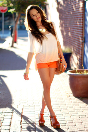 burnt orange Pop Couture bag - carrot orange Chicwish shorts