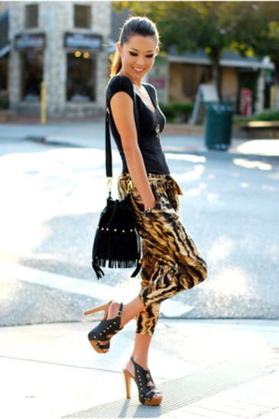 black Nasty Gal bag - brown shopakira pants - black Dailylook heels