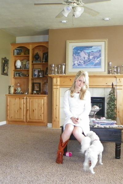 white lace vintage dress - tawny lizard skin vintage boots