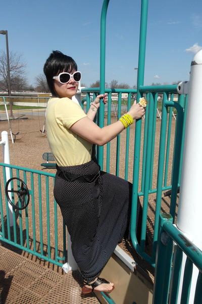 black polka dot maxi skirt - light yellow shirt - black sandals
