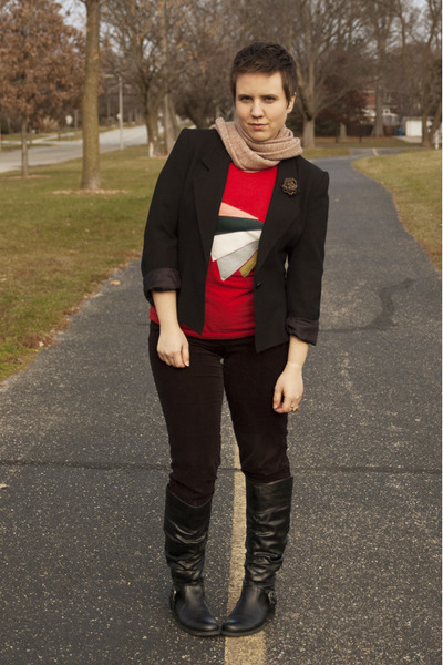 red t shirt lady hue shirt - black Bare Trap boots