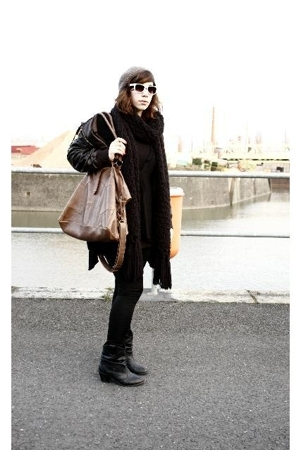c&a hat - Hallhuber scarf - Zara dress - goertz17 boots - Topshop purse - fielma