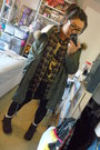 Army-green-asos-coat-mustard-primark-shirt-black-h-m-t-shirt-dark-brown-ro
