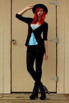 black skinny Bullhead jeans - black felt Goodwill hat