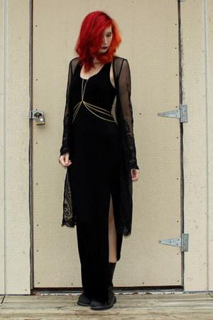 black combat boots Banana Bay boots - black maxi PacSun dress