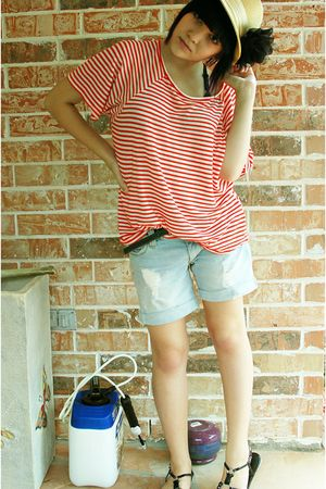 red shirt - blue shorts - black Aldo shoes - beige hat