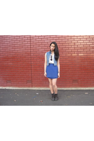 blue pleated skirt skirt - dark brown Vintage Thrifted boots
