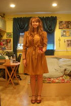 gold vintage from etsy dress - brown miz mooz clogs shoes