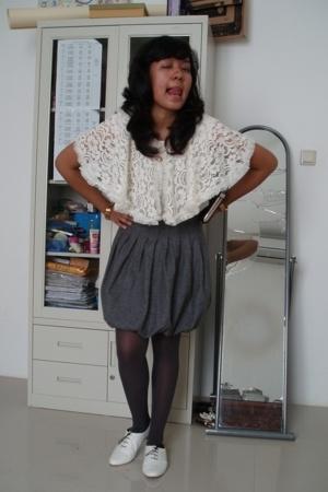handmade top - vintage top - random from Hong Kong skirt - random butik stocking
