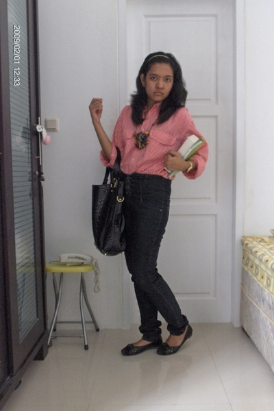 trifted blouse - handmade accessories - Topshop pants - ciciero bag purse - Char