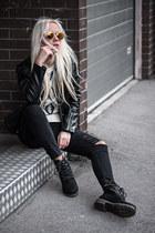 black Lesara boots - white Lesara sweater - orange Freyrs sunglasses